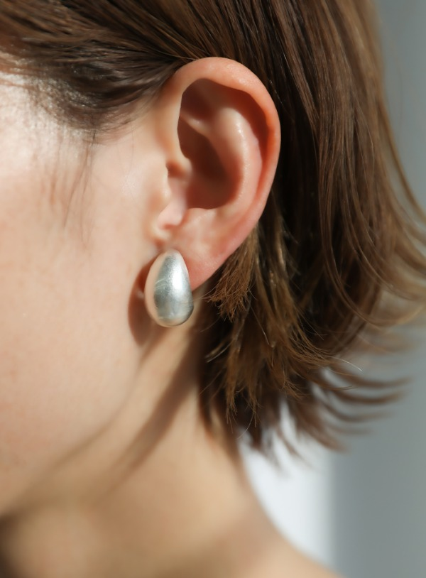 small plump earring【メール便不可】