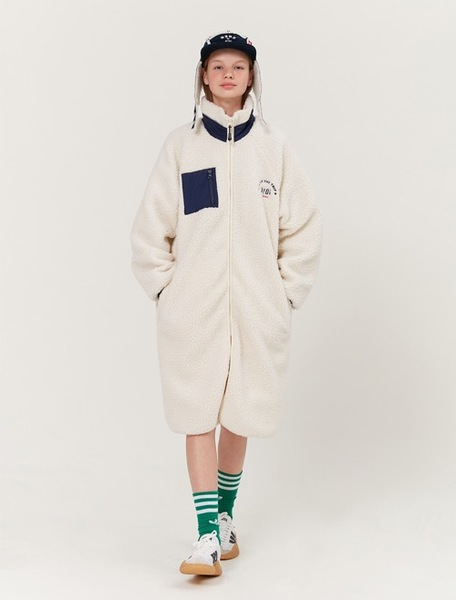 韓国ブランド「5252 by oioi」のLONG FLEECE JACKET_ivory