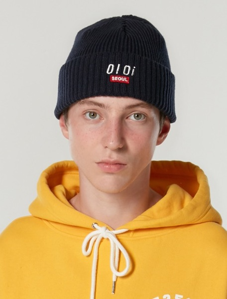 韓国ブランド「5252 by oioi」のLOGO POINT BEANIE_navy