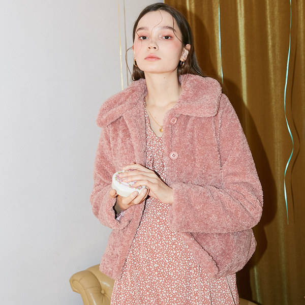 韓国ブランド「SALON DE YOHN」のTeddy Bear Short Coat_ Pink