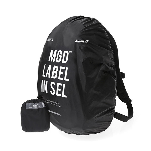 韓国ブランド「mahagrid」のLABLE WATERPROOF BACKPACK COVER[BLACK]
