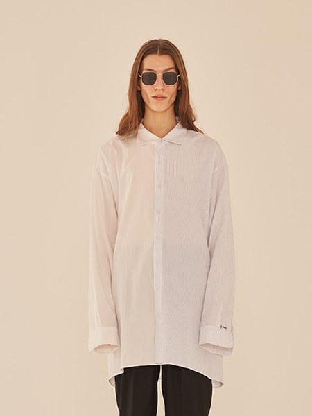 韓国ブランド「13MONTH」のOVERSIZE HALF AND HALF SHIRT (WHITE)