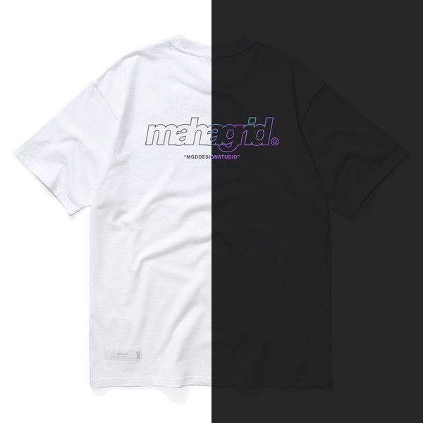 韓国ブランド「mahagrid」のRAINBOW REFLECTIVE THIRD LOGO TEE[WHITE]