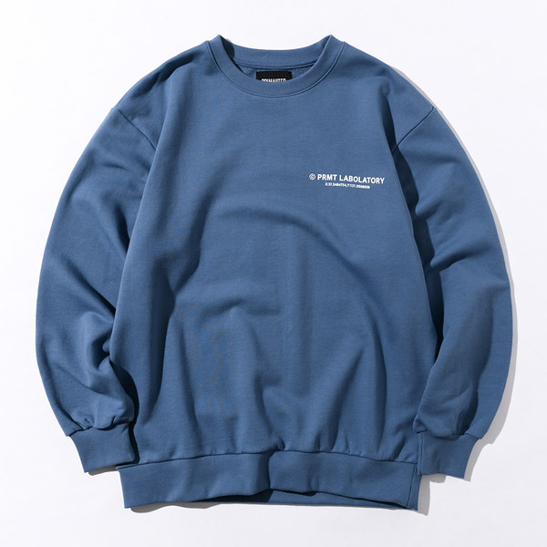 韓国ブランド「PRIMAUTER」のPM LOGO Sweatshirts (Smokey Blue)