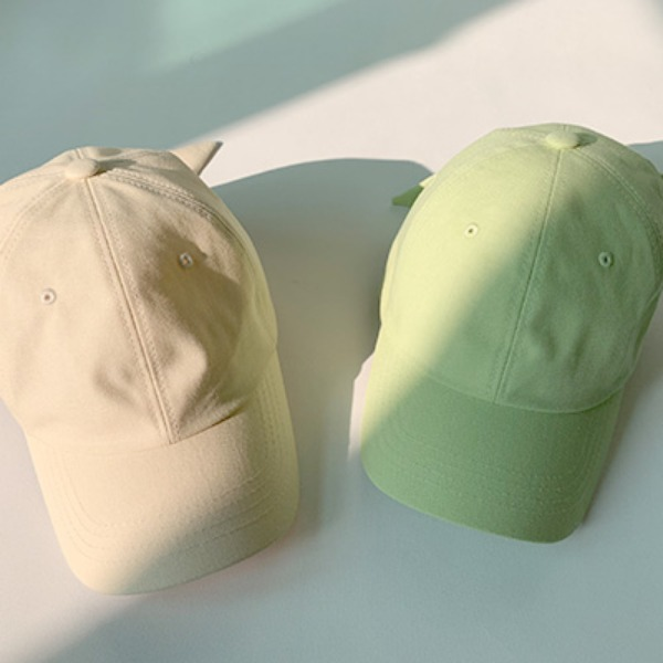 韓国ブランド「LYDIA」のbasic ribbon cap