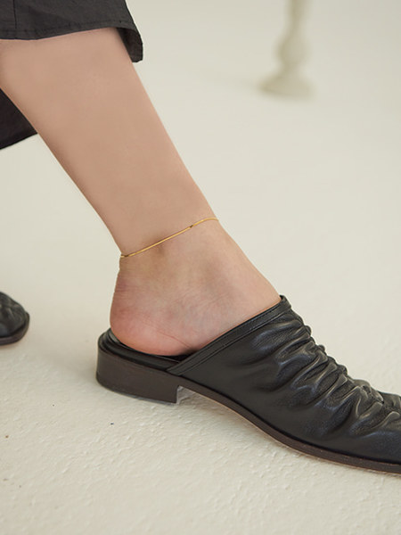 韓国ブランド「TMO BY 13MONTH」のANKLE BRACELET (GOLD)
