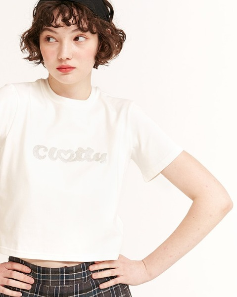 韓国ブランド「CLOTTY」の【Weki Meki スヨンさん着用】HEART CLOTTY GLITTER CROP T-SHIRT[WHITE]
