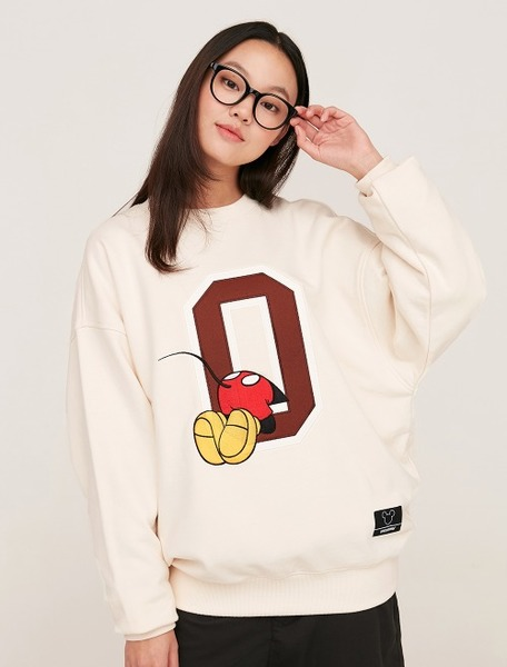 韓国ブランド「5252 by oioi」のSWEATSHIRTS / BEHIND MICKEY MOUSE_cream