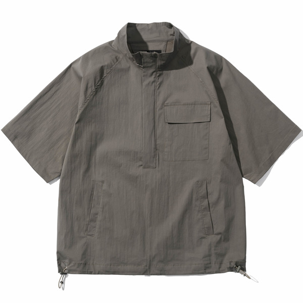韓国ブランド「PRIMAUTER」のPM READY TO SUMMER ½ HALF ZIP (Cement Khaki)