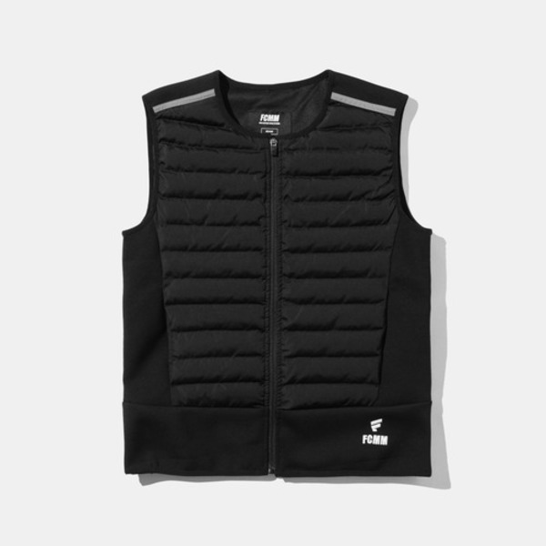韓国ブランド「FCMM」のMANS HYBRID PERFORMANCE PADDING VEST - BLACK