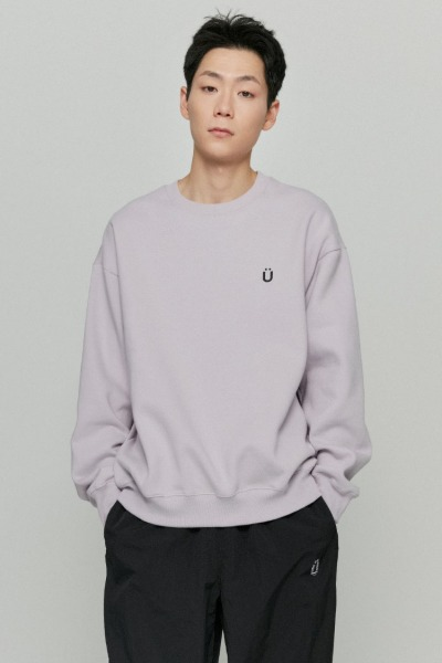 韓国ブランド「ISTKUNST」のU LOGO SWEATSHIRTS[PURPLE]