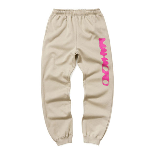 韓国ブランド「mahagrid」のDOT LOGO SWEATPANTS[BEIGE]