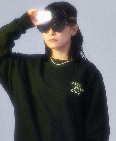 韓国ブランド「nice ghost club」のNGC_GHOST FLOWER SWEATSHIRTS[BLACK]