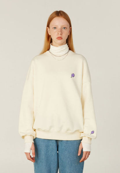 韓国ブランド「CLOTTY」のSMALL CC SWEAT-SHIRT[CREAM]