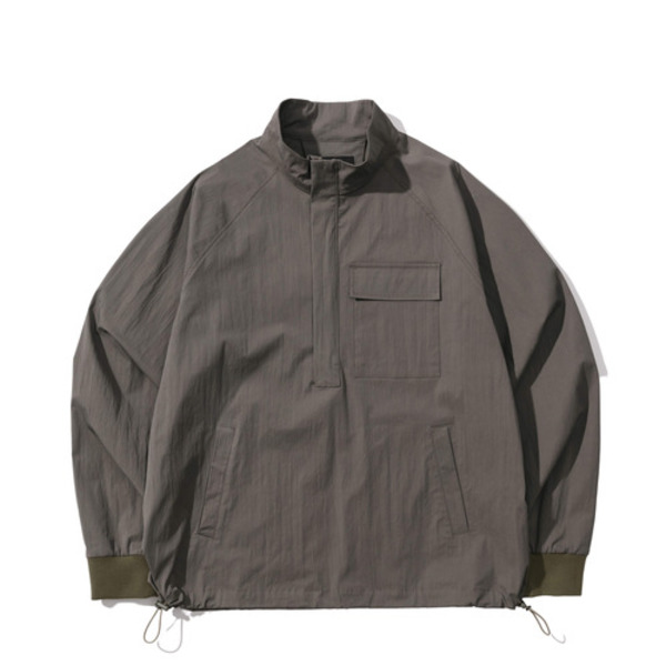 韓国ブランド「PRIMAUTER」のPM READY TO AUTUMN HALF ZIP (Cement Khaki)