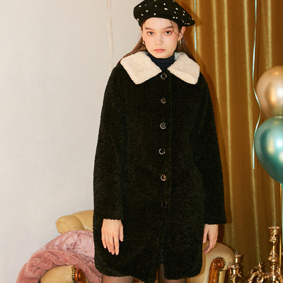 韓国ブランド「SALON DE YOHN」のTeddy Bear Coat_ Black
