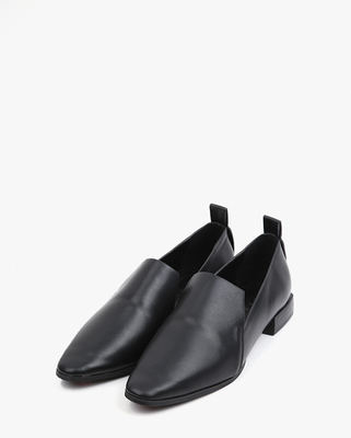 韓国ブランド「AIN」のdazy sleek classic loafer (225-250)