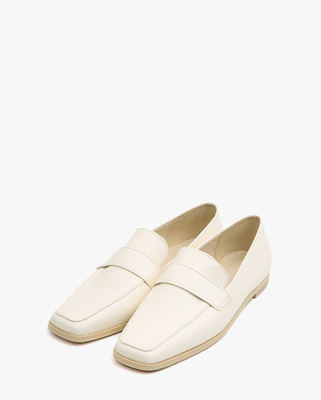 韓国ブランド「AIN」のselly classic line loafer (230-250)