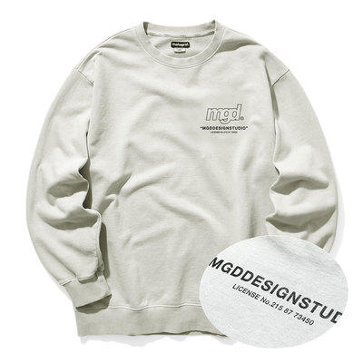 韓国ブランド「mahagrid」のLICENSE PIGMENT CREWNECK[BEIGE]