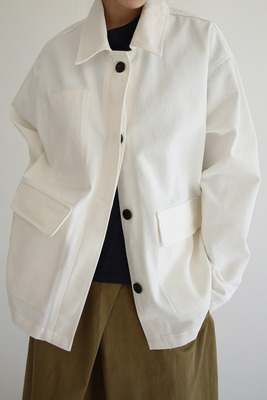 韓国ブランド「moaoL」のtidy cotton jacket (2colors)