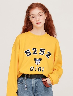 韓国ブランド「5252 by oioi」のSWEATSHIRTS / LOGO MICKEY MOUSE_yellow