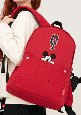 韓国ブランド「5252 by oioi」のQ LOGO OXFORD BACKPACK_red