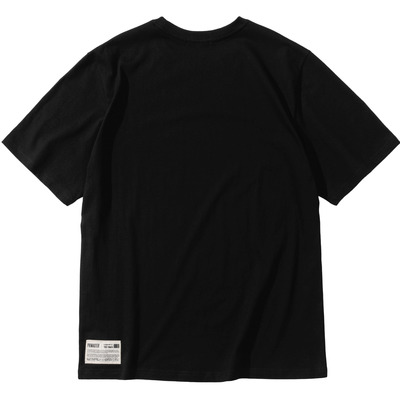 韓国ブランド「PRIMAUTER」のLINEAR BIGLOGO ½ Tee (Black)