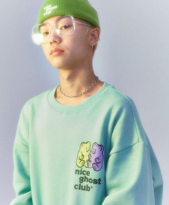 韓国ブランド「nice ghost club」のNGC_GUMMY BEAR SWEATSHIRTS[MINT]