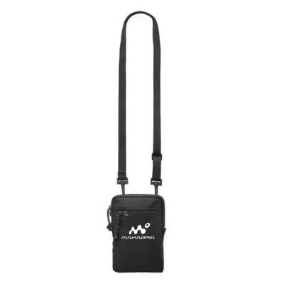 韓国ブランド「mahagrid」のMOOKMAN LOGO SACOCHE BAG[BLACK]